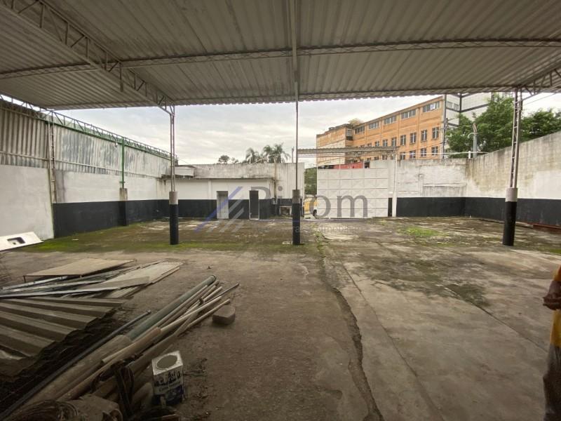 Galpão/Área Vigário Geral Rio de Janeiro